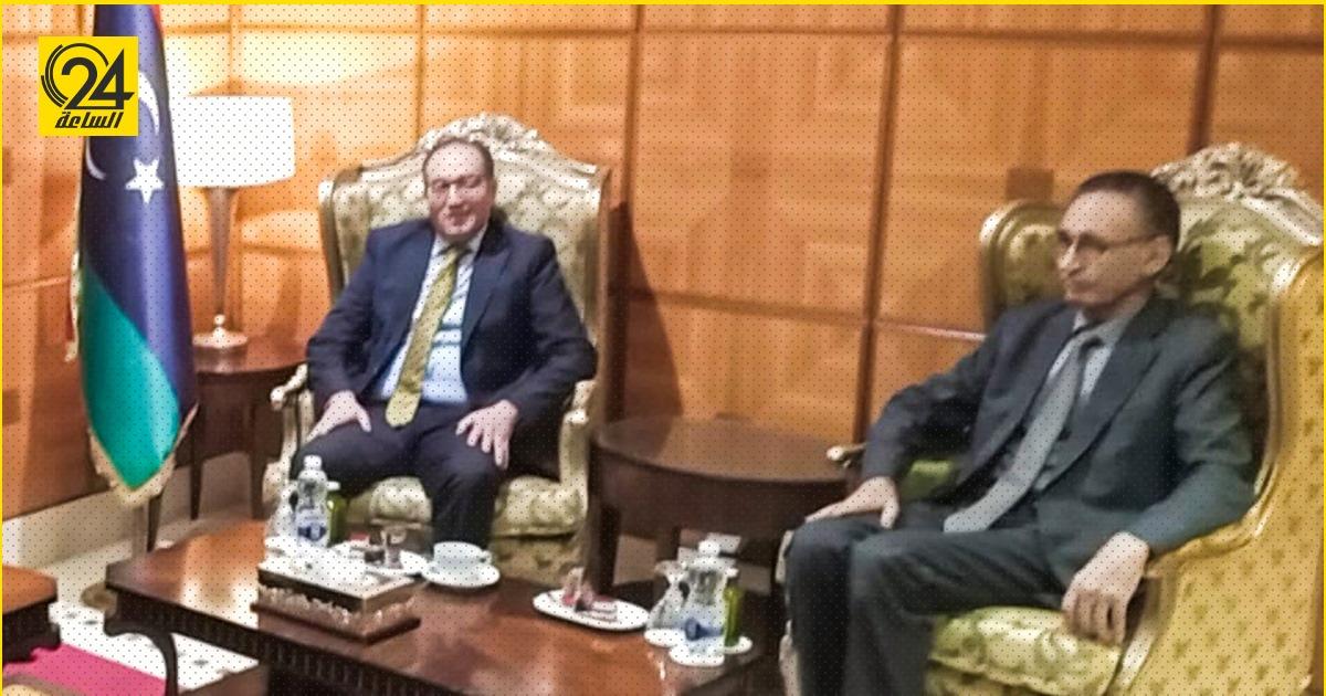 سفير تونس يبحث مع الحويج آليات تشجيع شركات بلاده للعمل بليبيا