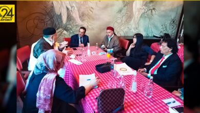 الغويل يعقد أول اجتماعاته مع الجالية الليبية في مصر لبحث مشكلاتهم
