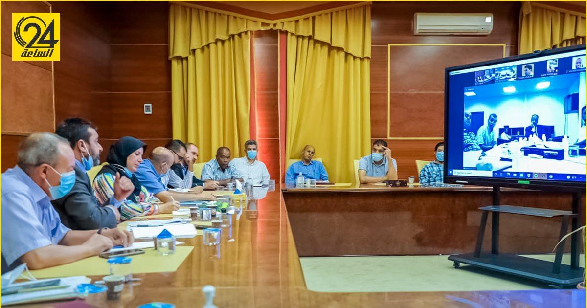 وزير الصحة يناقش مع مدراء مصارف الدم المركزية آلية تفعيل المنظومة الإلكترونية