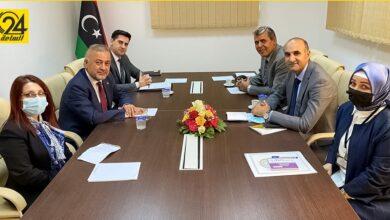 الخارجية: ناقشنا مع سفير تركيا تطوير العلاقات وعودة الشركات
