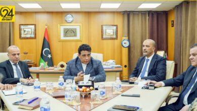 """المنفي والدبيبة يناقشان خطة لجنة """"5+5"""" لخروج المقاتلين الأجانب من ليبيا"""