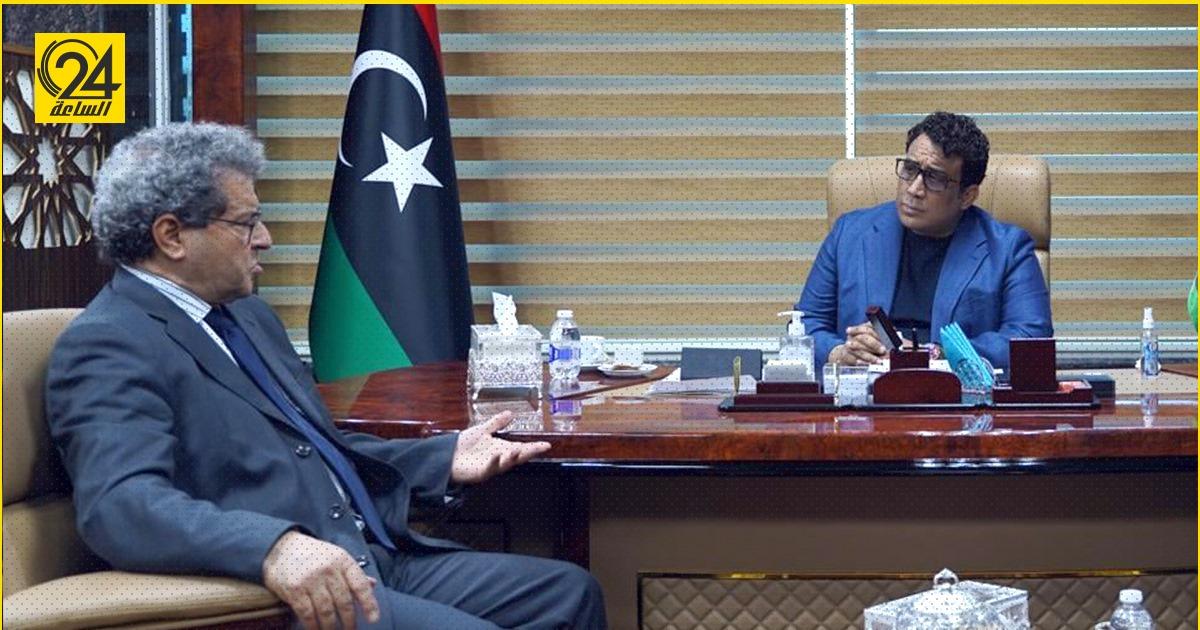 وزير النفط يضع المنفي في صورة الإنتاج الليبي