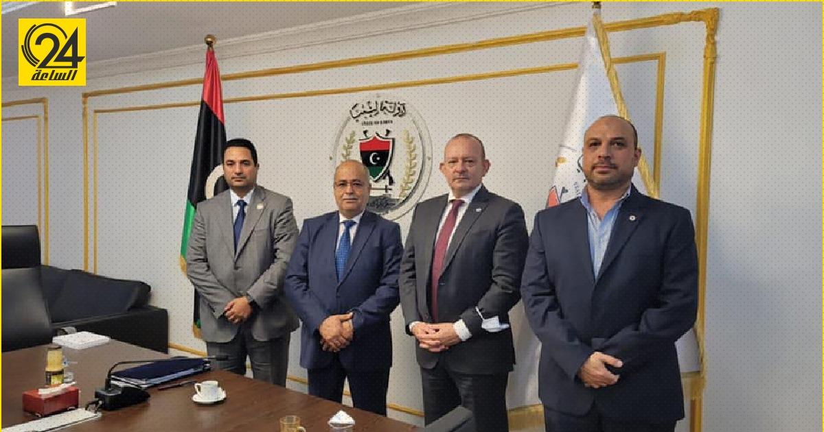 جبريل اشتيوي يستقبل بعثة الصليب الأحمر في ليبيا لبحث التعاون المشترك