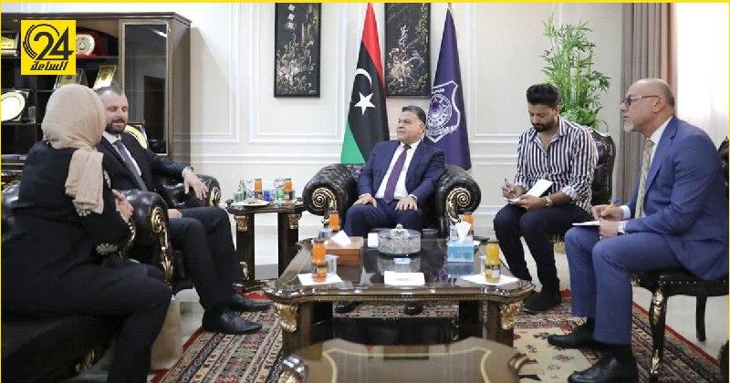 """""""مازن"""" يبحث مع القائم بأعمال السفارة المجرية التعاون الأمني بين البلدين"""