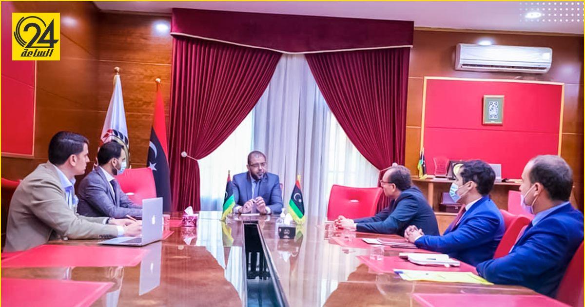 الصحة الليبية تتفق مع تونس على آليات حصول جالية البلدين على لقاحات كورونا