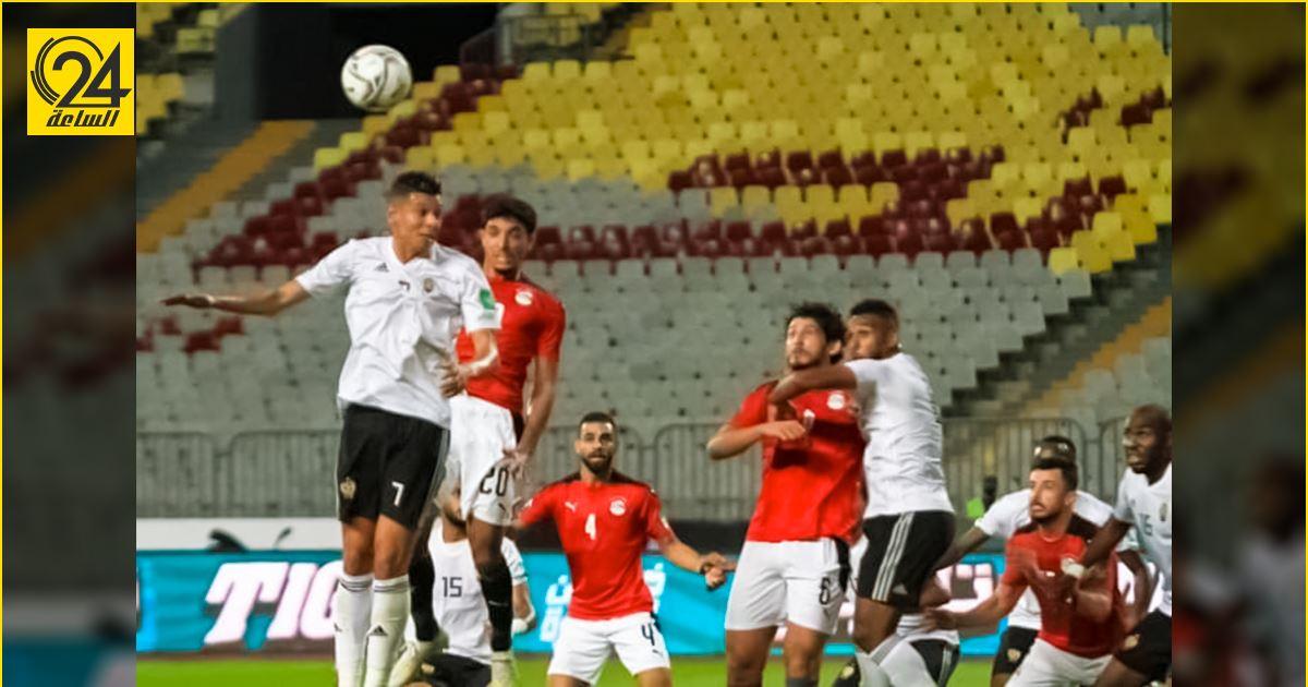 بعثة الفريق المصري تصل بنغازي برفقة محمد صلاح استعدادا لمواجهة المنتخب الوطني